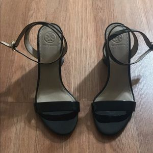 Tory Burch Patent Leather Heel Sandals